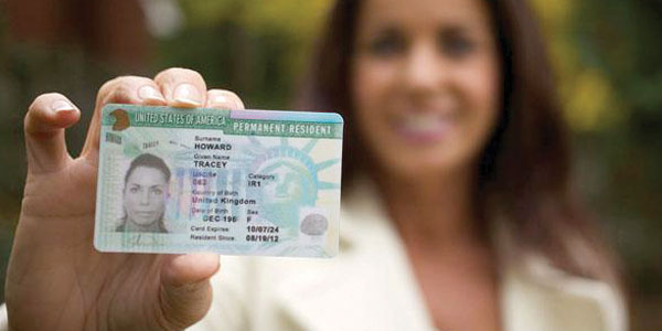 Opción de Visas U disponibles para inmigrantes víctimas de delitos – Dos  Mundos Bilingual Newspaper